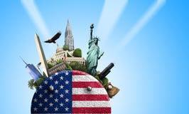 EUA, ícone com bandeira americana e vistas em um fundo azul Fotos de Stock Royalty Free