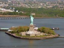 EUA New York Estátua de liberdade & de por do sol de New York City fotos de stock