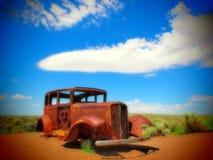 EUA, velho, oxidados, Ford, rota, 66, o Arizona, Nevada fotos de stock royalty free