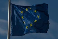 Euflagga som svävar i vinden Royaltyfria Foton