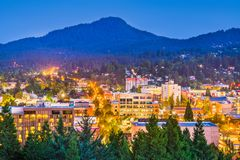 Eugene, Oregon, orizzonte di U.S.A. fotografia stock