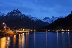 Eugenisee sjö och Engelberg på solnedgången Fotografering för Bildbyråer