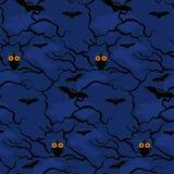 Eule und Schläger auf einem Hintergrund des nahtlosen Musters der Nachtbäume Stockfoto