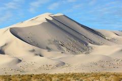 Eureka - een zandduin bij zonsopgang stock afbeeldingen
