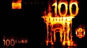 Euro ardiendo 100 Imágenes de archivo libres de regalías
