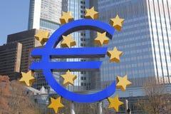Euro area della banca e di simbolo a Francoforte Immagini Stock Libere da Diritti