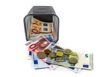 Euro banconota nel canestro del metallo Fotografia Stock Libera da Diritti