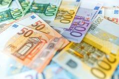 Euro banconote dei soldi, mucchio di euro banconote di carta Immagini Stock