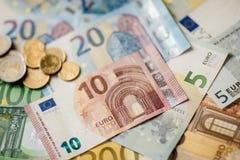 Euro banconote differenti da 5 all'euro 500 Fotografia Stock Libera da Diritti