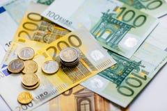 Euro banconote differenti da 5 all'euro 500 Immagini Stock Libere da Diritti