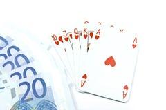 Euro banconote e schede della mazza del holdem Immagine Stock
