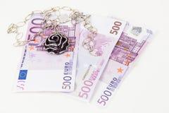 500 euro banconote, gioielli Fotografia Stock