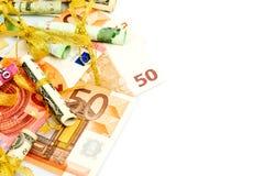 Euro banconote isolate su un fondo bianco Immagine Stock