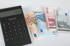 Euro bankbiljetten, calculator, 1000 Euro Royalty-vrije Stock Foto's