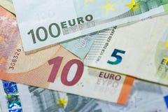 Euro bankbiljetten dichte omhooggaand als achtergrond Royalty-vrije Stock Afbeeldingen