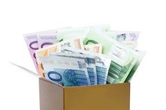 Euro bankbiljetten in een doos stock fotografie