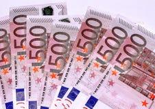 Euro bankbiljetten, vijf honderd Royalty-vrije Stock Foto's