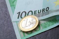 Euro banknot i moneta Zdjęcia Royalty Free