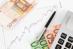 Euro banknotes with a chart Stock Photography