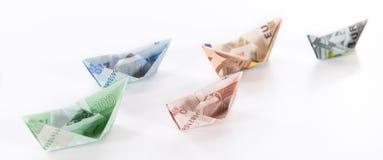 Euro bateaux sur le fond blanc Image stock
