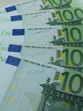 100 euro billets de banque Images libres de droits