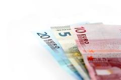 Euro billets de banque au-dessus de blanc Photos libres de droits