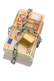 Euro billets de banque avec la chaîne et le cadenas Photo libre de droits