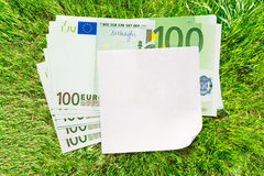 Euro billets de banque et papier blanc images libres de droits