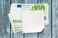 Euro billets de banque et papier blanc photos libres de droits