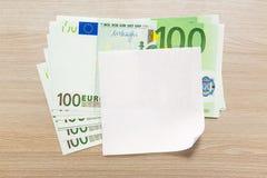 Euro billets de banque et papier blanc photographie stock libre de droits