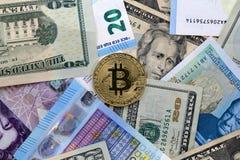 Euro BRITÁNICO de la UE de la libra de los dólares de EE. UU. de Bitcoin Fotografía de archivo