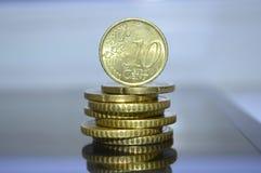 Euro centesimi impilati in un mucchio Fotografie Stock Libere da Diritti