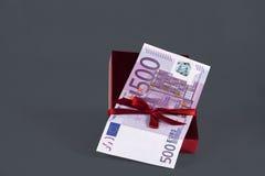 euro contant geld 500 voor geïsoleerd heden royalty-vrije stock fotografie