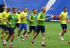 EURO 2016 DELL'UEFA: Addestramento della pre-partita dell'Ucraina a Lione Immagini Stock Libere da Diritti