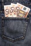 Euro- dinheiro de bolso na calças de ganga Imagens de Stock Royalty Free