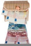 Euro- dinheiro em uma caixa. Fotos de Stock Royalty Free