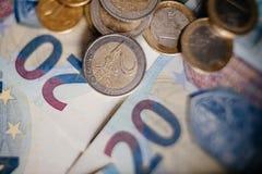 Euro- dinheiro euro- fundo do dinheiro Euro- notas com reflexão Fotografia de Stock