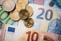 Euro- dinheiro euro- fundo do dinheiro Euro- notas com reflexão Fotos de Stock