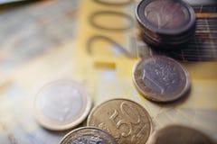 Euro- dinheiro euro- fundo do dinheiro Euro- notas com reflexão Imagens de Stock Royalty Free