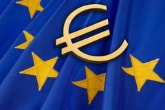 Euro e bandierina dell'Ue Fotografie Stock Libere da Diritti