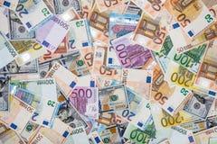 Euro e dólares das cédulas Fotografia de Stock Royalty Free