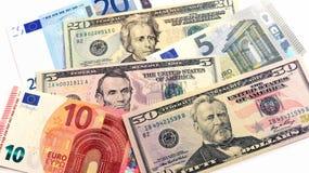 Euro e nós mistura das cédulas Fotos de Stock Royalty Free