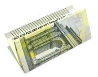 5 euro em um fundo branco Fotos de Stock Royalty Free