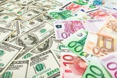 Euro en dolar papiergeld Achtergrond van bankbiljetten Stock Foto