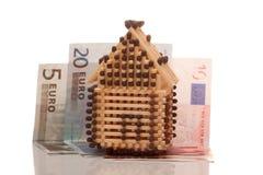 Euro en huis Stock Afbeeldingen