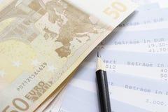 Euro en rekeningsverklaringen Stock Afbeeldingen