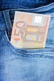 Euro 50 en un bolsillo de los vaqueros Imagen de archivo libre de regalías