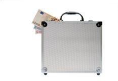 Euro encaissez dedans la valise argentée d'isolement Image libre de droits