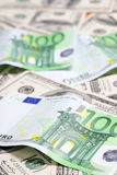 Euro et dollar Photos stock