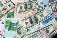Euro et dollars de papier Image libre de droits